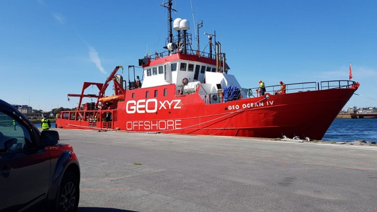 "Mission à bord du ""Geo Ocean IV"""