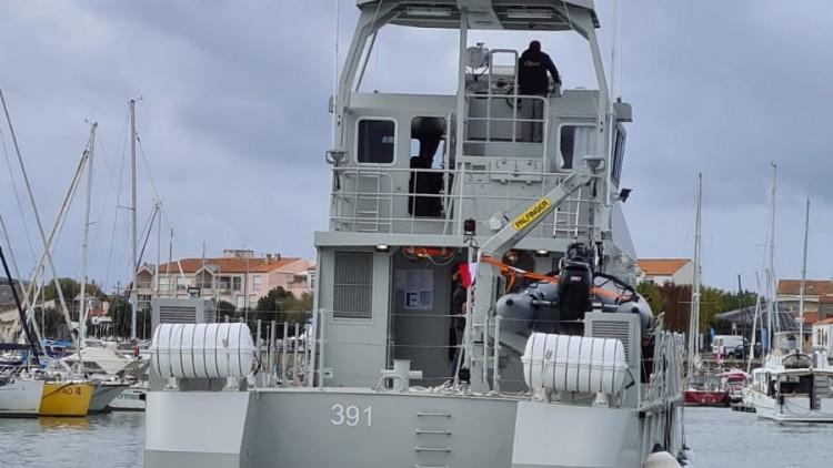 """Convoyage du navire """"El Adhra"""" des Sables d'Olonne à Saint-Nazaire"""